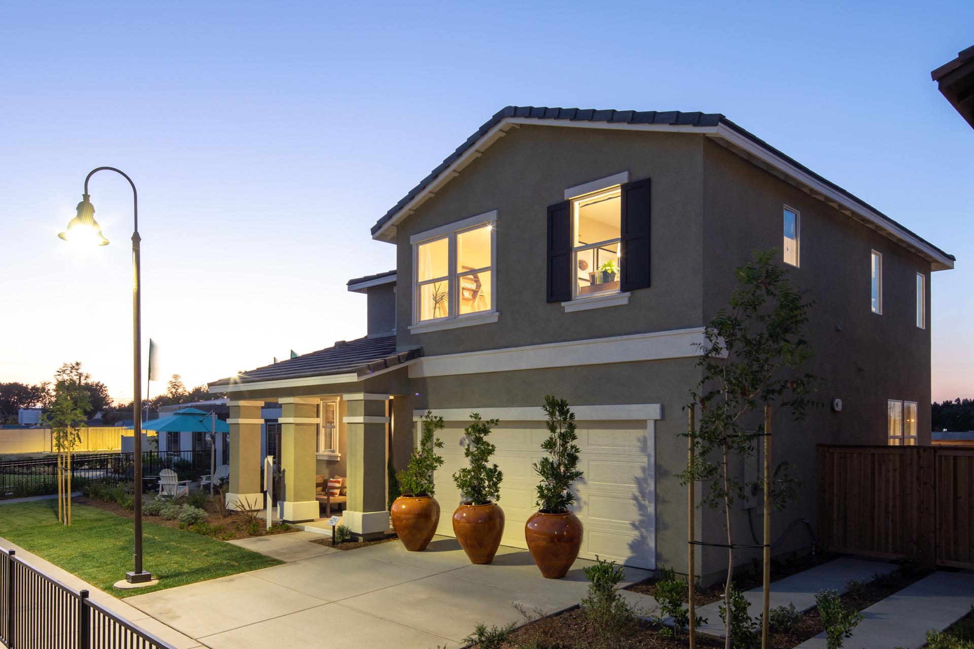 Magnolia Walk Plan 4: Exterior